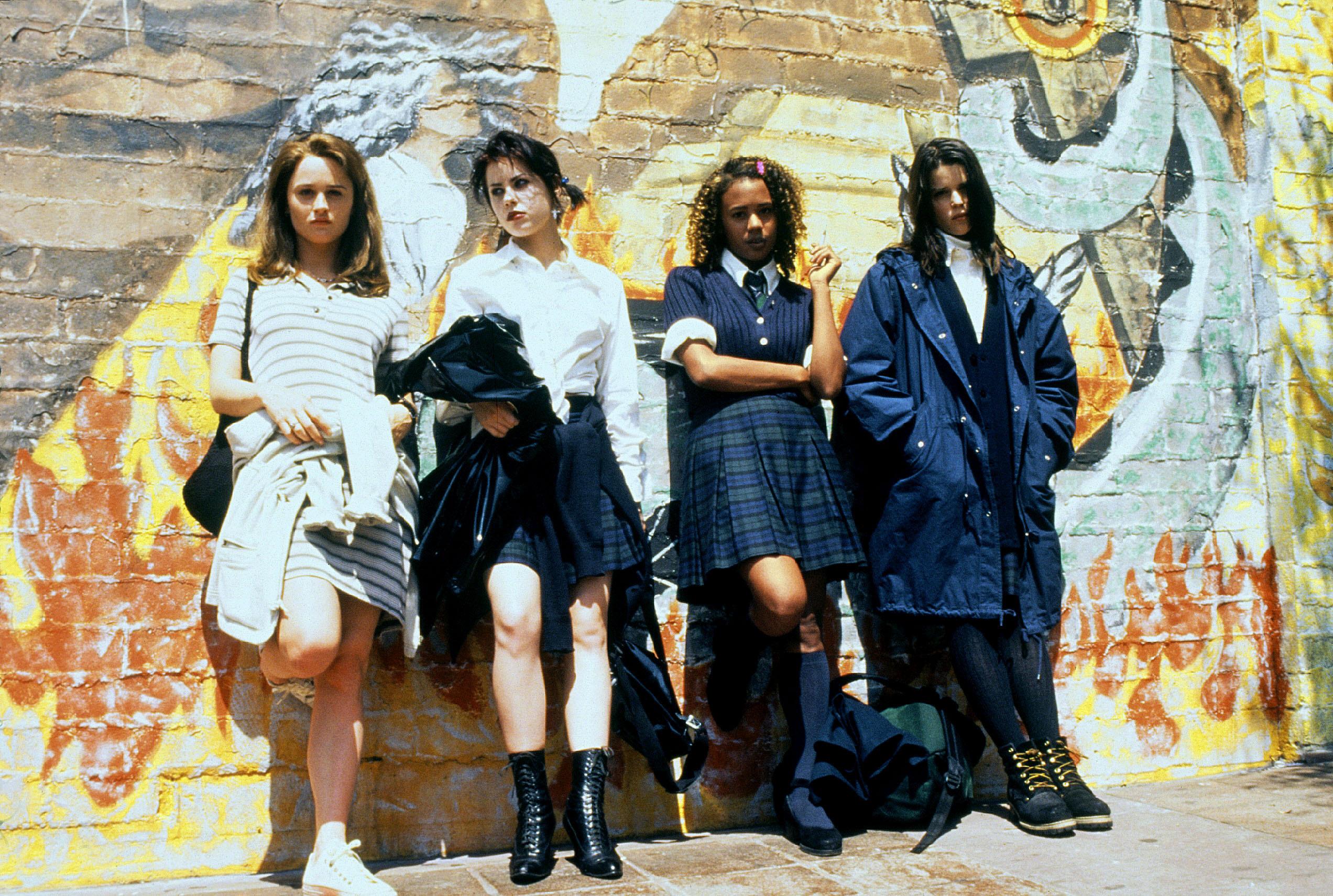 Jovens Bruxas: Magia, bullying e feminismo