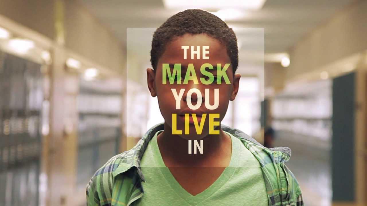"""[DOCUMENTÁRIO] Seja Homem! – """"The Mask You Live In"""""""