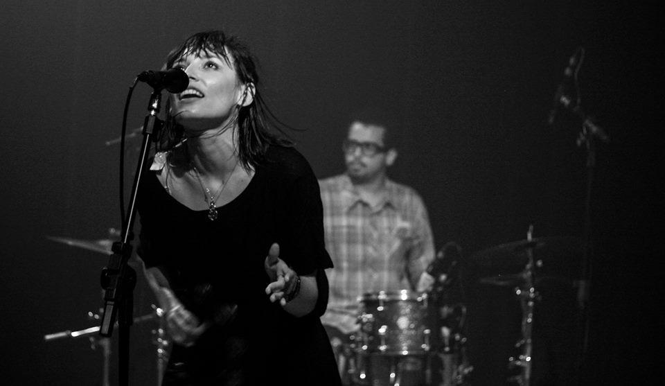 """[MÚSICA] O novo álbum de """"Carne Doce"""" é visceral, feminista e lindo"""