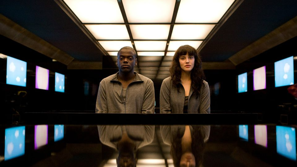 "[SÉRIE] ""Black Mirror"" – 1×02: Fifteen Million Merits (resenha)"