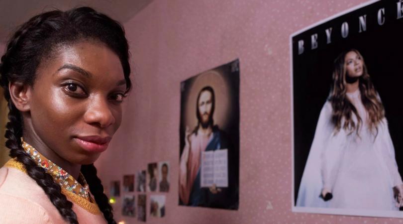 Chewing Gum: precisamos falar da roteirista, produtora e protagonista, Michaela Coel