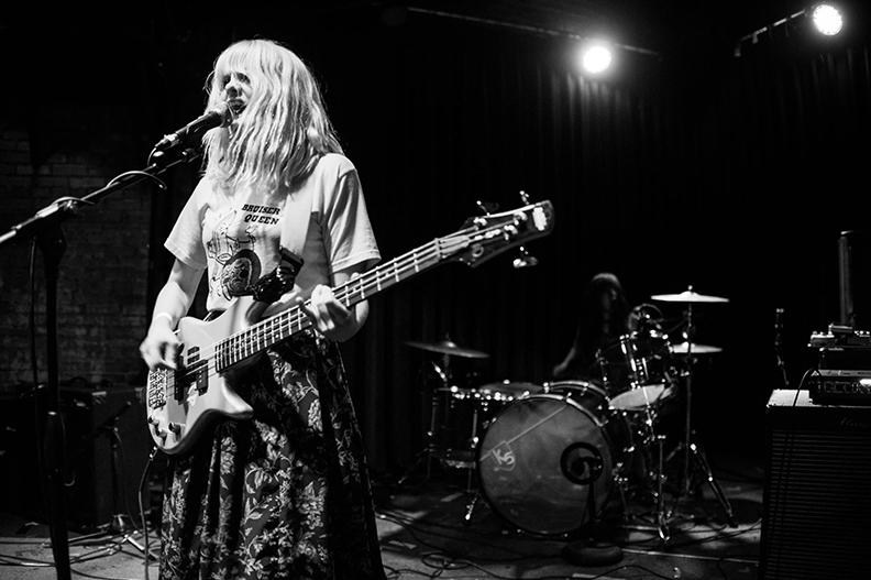 Mulheres e Guitarras: Riot grrrl e a cena punk! (Parte 2)