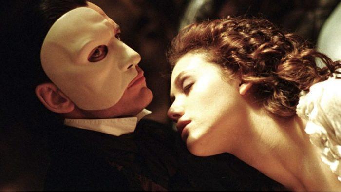 O Fantasma da Ópera: a escolha entre dois homens abusivos