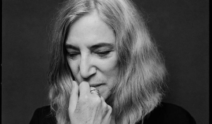 Linha M: a solidão poética de Patti Smith
