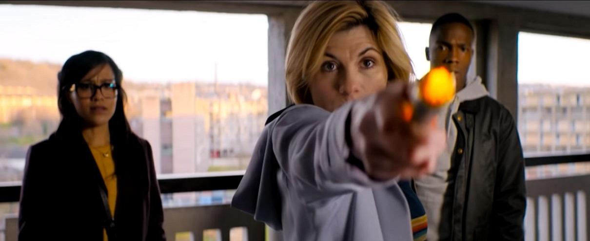 [SÉRIES] Doctor Who – 11×04: Arachnids in the UK (resenha)