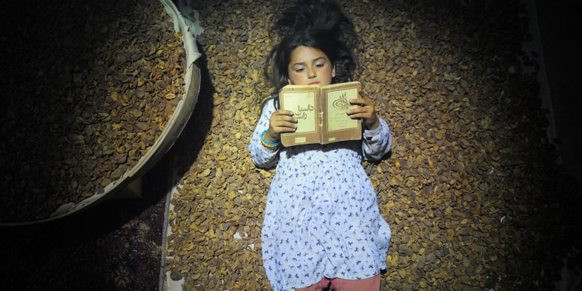 Respiro: a jornada de uma garota no Irã e o cinema de Narges Abyar