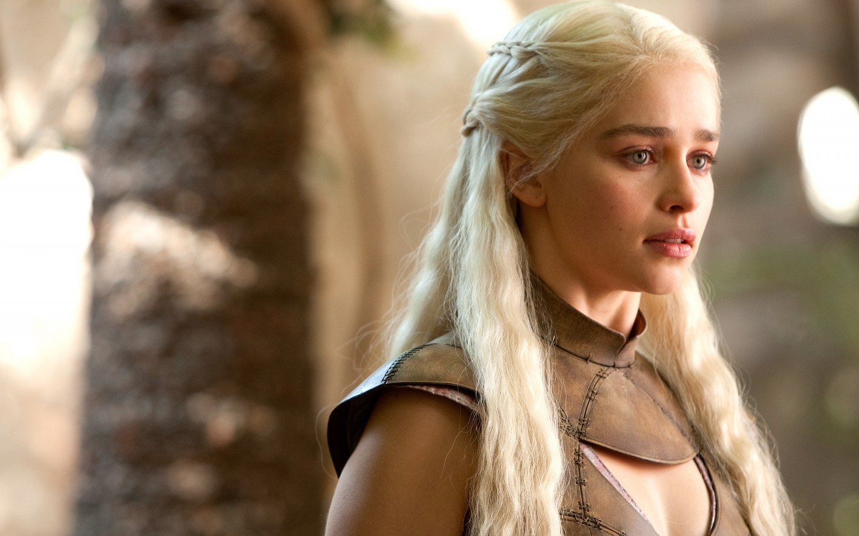 Maquiagem Daenerys Targaryen para se tornar a Mãe dos Dragões