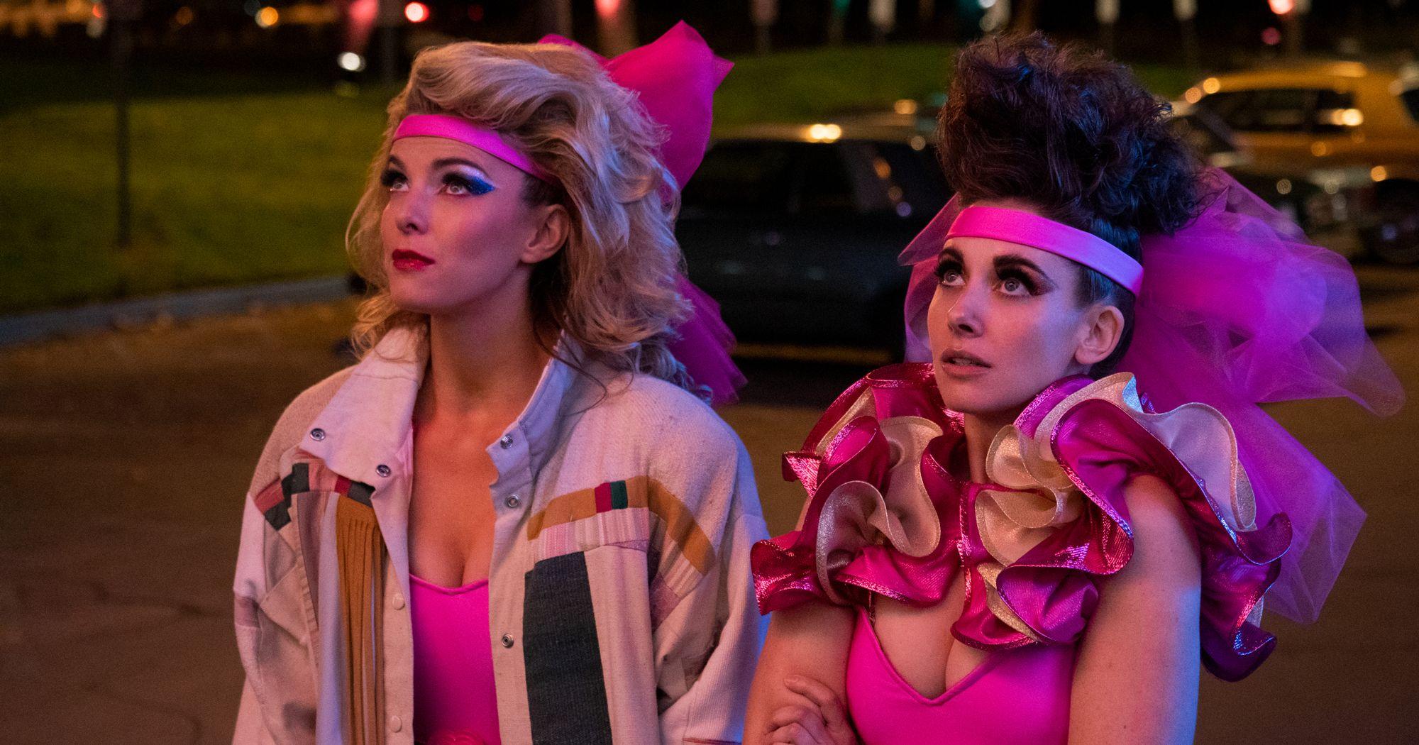 Debbie (Betty Gilpin) e Ruth (Alison Brie)