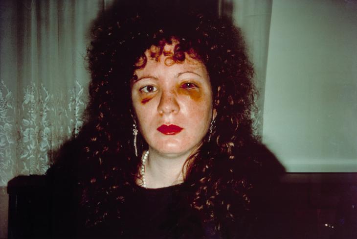 Nan, em um auto-retrato perturbador.