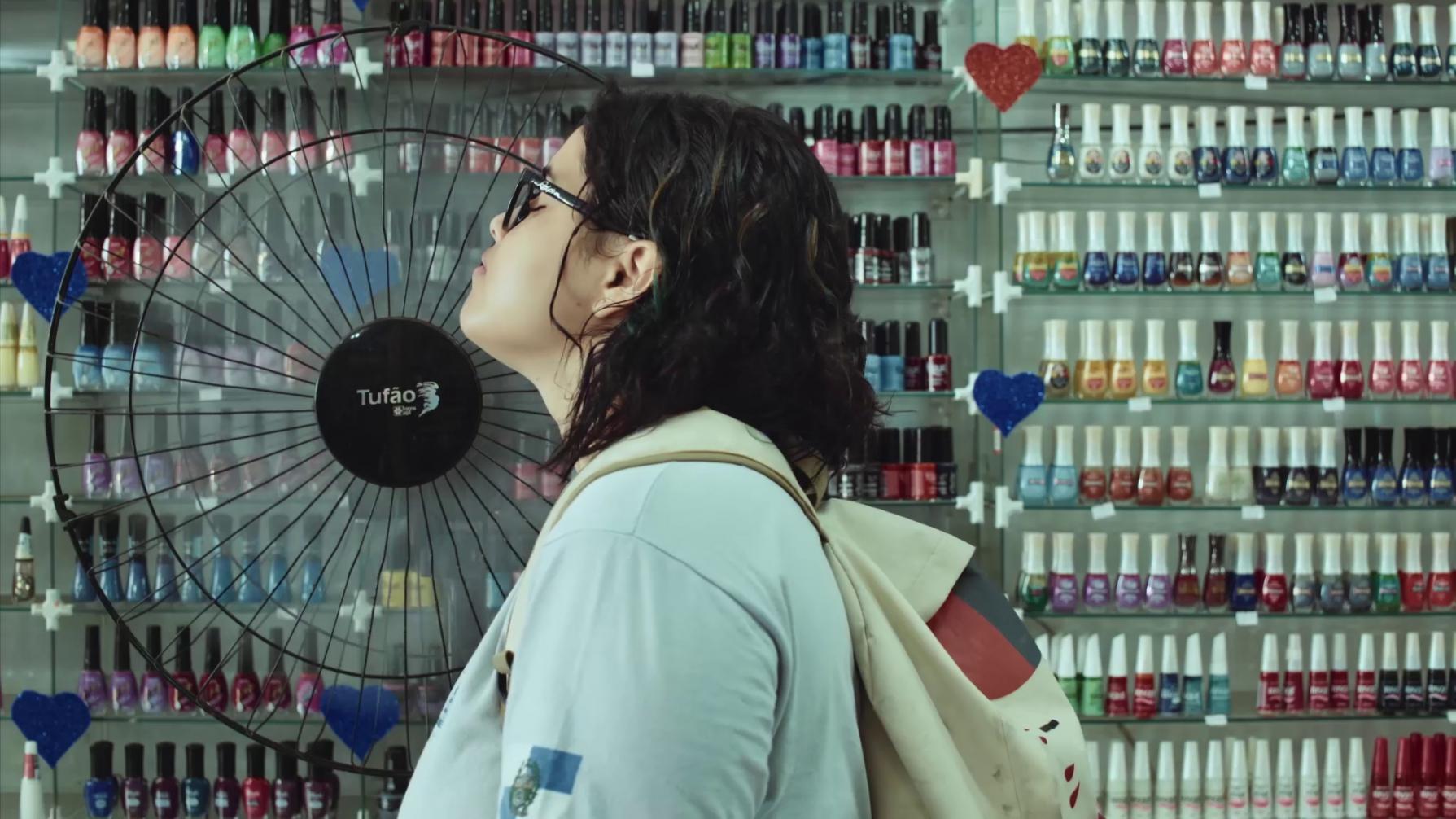 Um Filme de Verão: observando as férias de jovens da periferia
