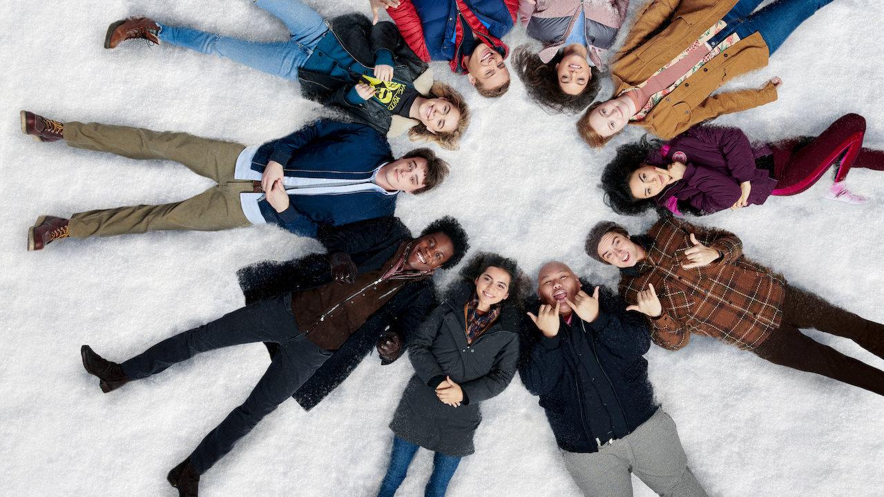 Deixe a Neve Cair: nomes teens não salvam construção desleixada do roteiro