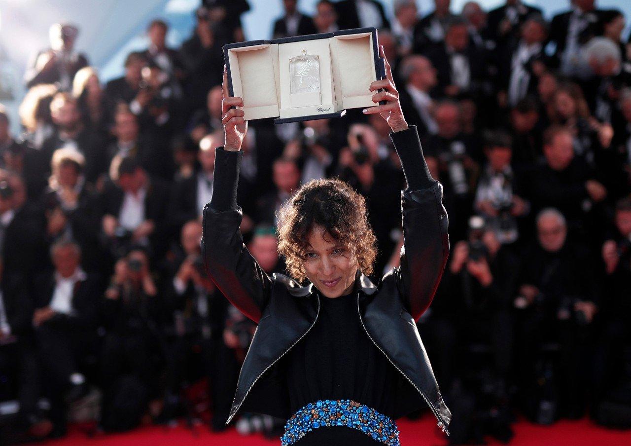 A diretora Mati Diop no festival Cannes de 2019