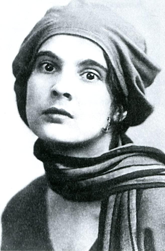 A cineasta Yuliya Solntseva.