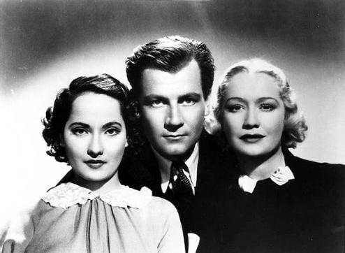 """Com a retirada da lesbianidade, Joe acaba ganhando mais relevância na trama de """"These Three"""" (1936)"""