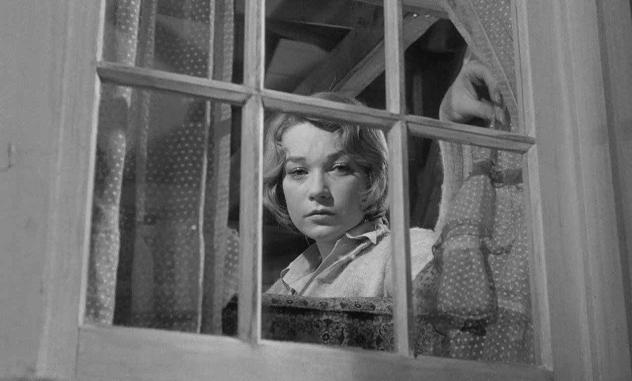 """Martha em cena de """"Infâmia"""" (1961)."""