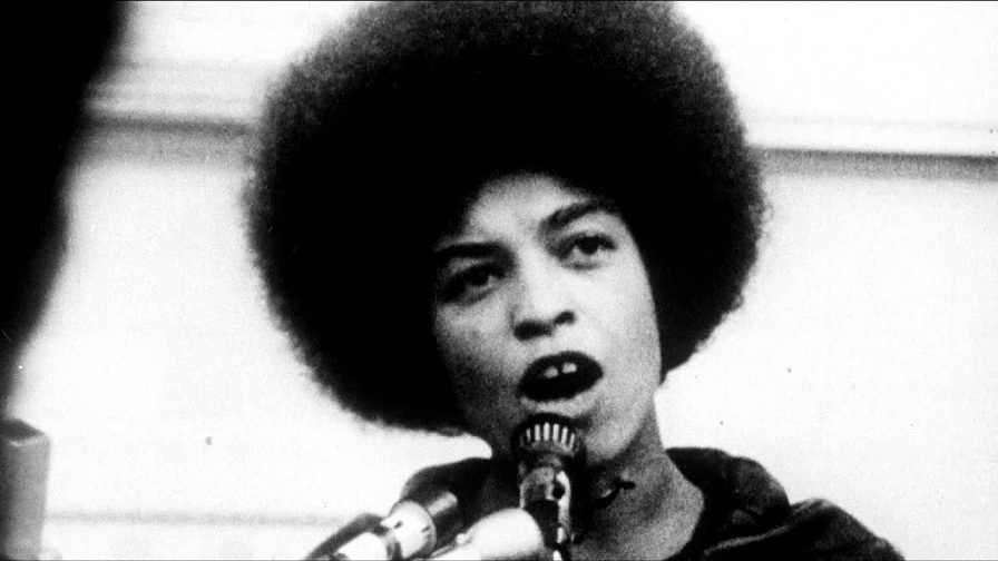 Libertem Angela Davis (Free Angela and All Political Prisoners, 2012), de Shola Lynch