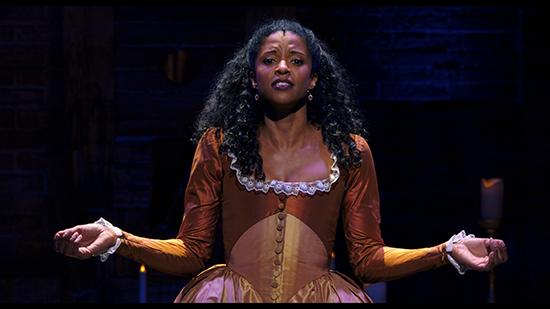 Renée Elise Goldberry é Angelica Schuyler no musical Hamilton