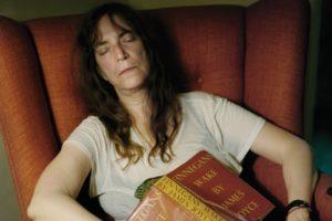 O Ano do Macaco Patti Smith e seu caminho onírico para a realidade