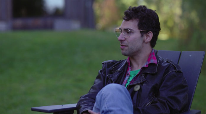 Jack Antonoff no documentário Folklore: The Long Pond Studio Sessions