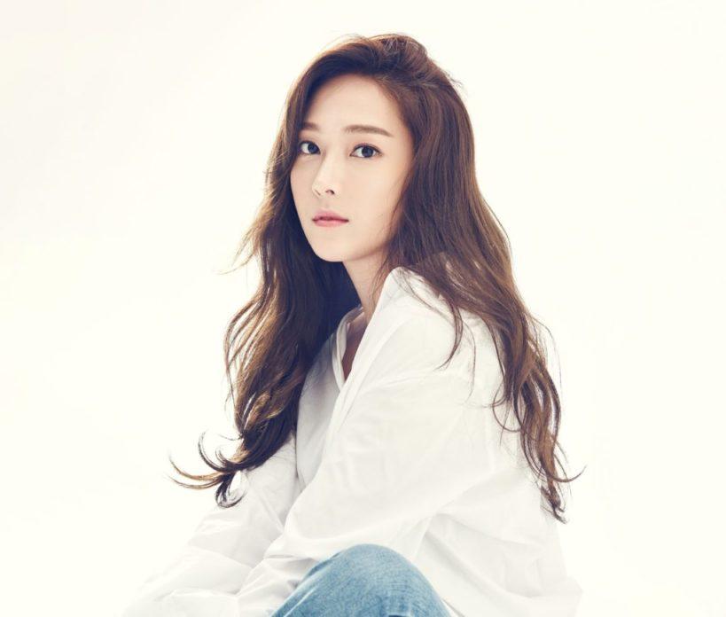 "Jessica Jung, k-pop idol do girl group ""Girls' Generation"""