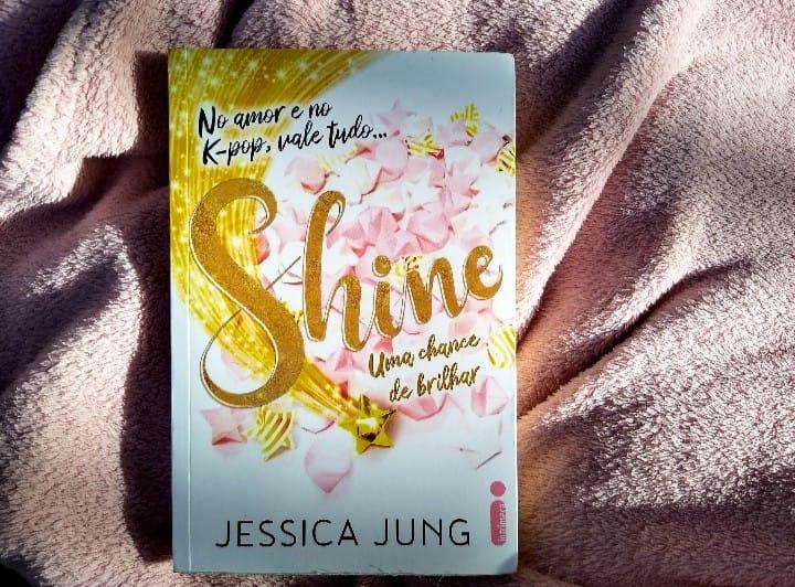 Edição da Intrínseca de Shine