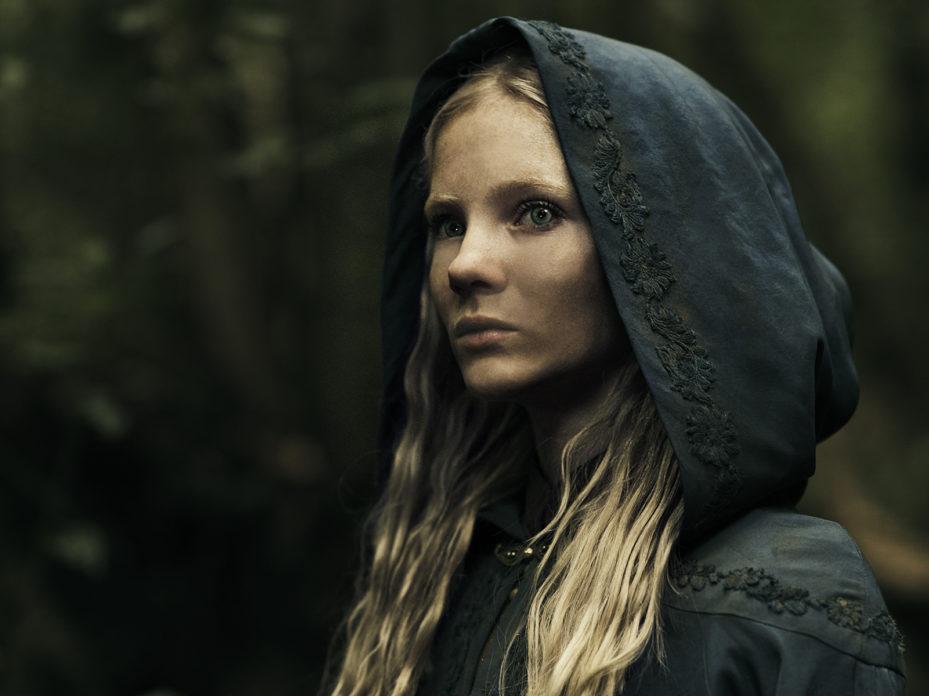 Ciri em imagem promocional da série The Witcher.