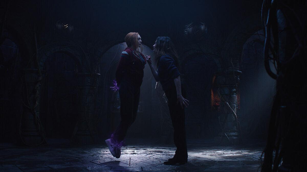 Elizabeth Olsen e Kathryn Hahn em WandaVision