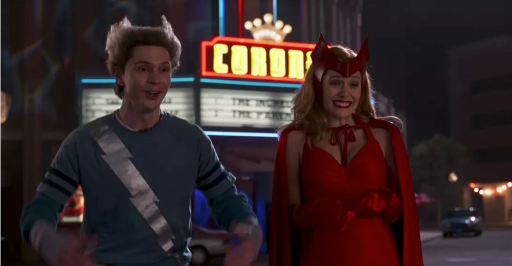 Evan Peters e Elizabeth Olsen