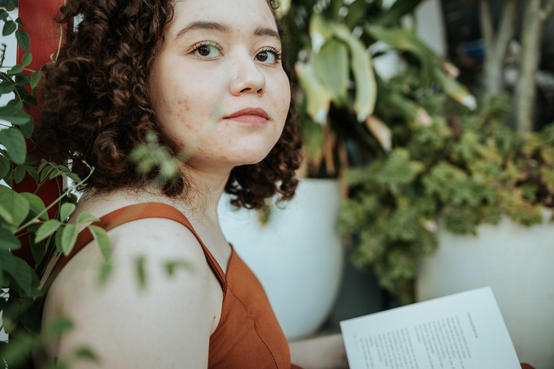 """Maria Luiza Machado fala sobre o seu livro """"Tantas que aqui passaram"""""""