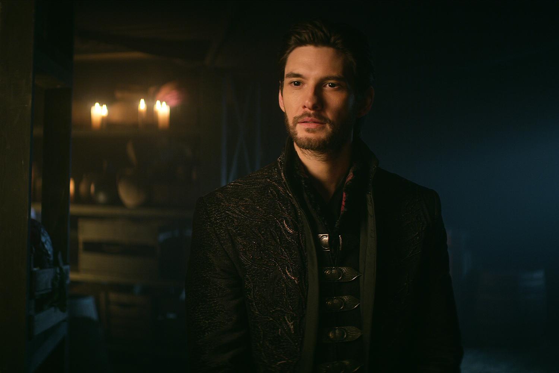 Ben Barnes (General Kirigan), o Darkling