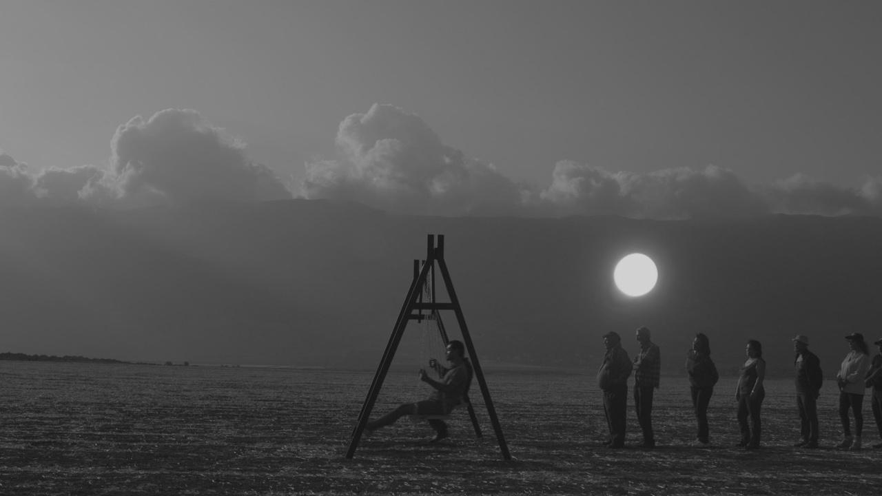 """Cena do filme """"Assim Como Acima, Abaixo"""", de Sarah Francis   2ª Mostra de Cinema Árabe Feminino"""