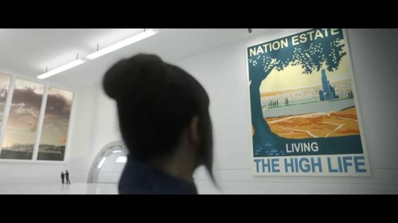 """O curta """"Patrimônio Nacional"""" (2012) oferece uma """"solução"""" para o conflito do Oriente Médio: um prédio gigantesco para abrigar a população palestina."""
