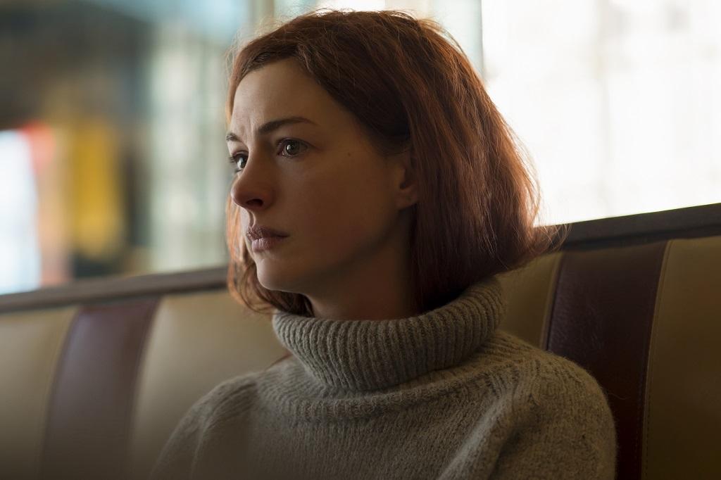 """Lexi, a personagem de Anne Hathaway na primeira temporada de """"Modern Love"""""""