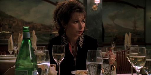"""Toni Kalem como Angie Bompensiero no seriado """"Sopranos"""""""